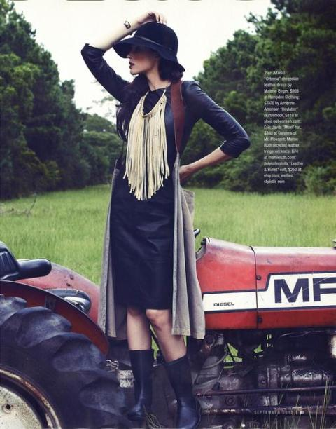 04_Charleston_Magazine2C_September_2012