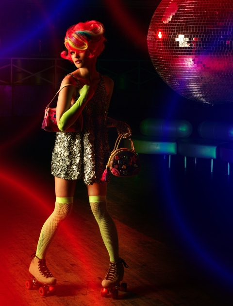 305--Nicole, former punk rocker; age 21 of Minot, N.D. poses while on roller skates in AMERICA'S NEXT TOP MODEL on UPN. photo: Matthew Jordan Smith/UPN. (c) 2004 CBS Broadcasting Inc.  All Rights Reserved.