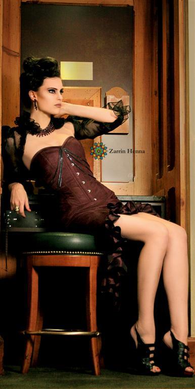 Michelle02_(Zarrin_Henna)