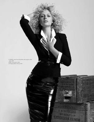 [Cover_Magazine]_CariDee03_(Nigel_Barker)