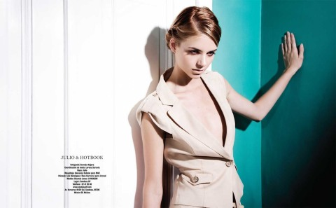 5BHotbook_Magazine5D_Chantal01