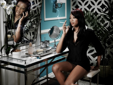 """""""The Models Go Green"""" -- The models POSE FOR A photo shoot of the negative effects of smoking on AMERICA'S NEXT TOP MODEL on The CW. Pictured: Bianca (Cycle 9) (902) Photo: Mike Rosenthal/The CW ©2007 The CW Network, LLC. All Rights Reserved"""
