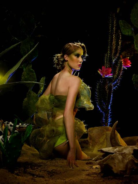 """The Girl Who Goes Bald"" -- The girls participate in a runway challenge and ""pose-off"" in a jungle photo shoot on America's Next Top Model on The CW. (cycle 9) Pictured: Victoria Photo: Lionel Deluy/Pottle Productions Inc ©2007 Pottle Productions Inc. All Rights Reserved."