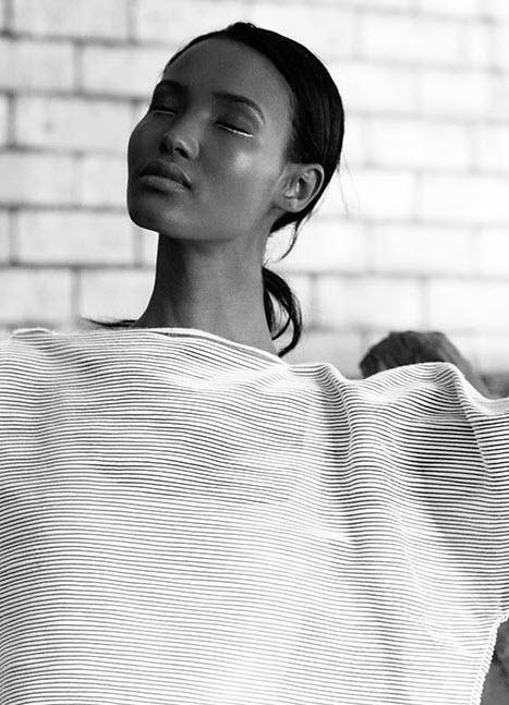 Fatima_Oyster_Magazine_03
