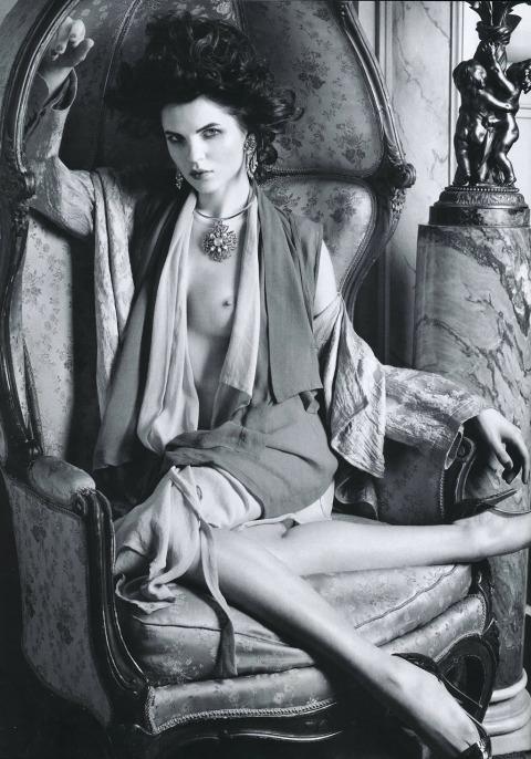 [Vogue_Australia]_Katarzyna07_(Pascal_Chevallier)